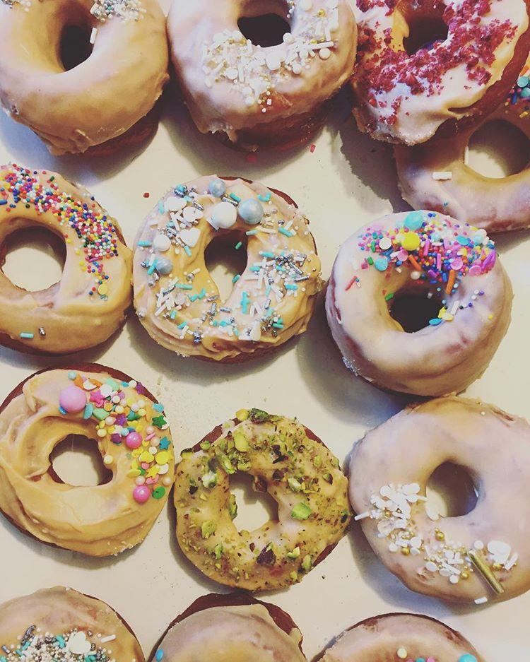 24 x Donuts