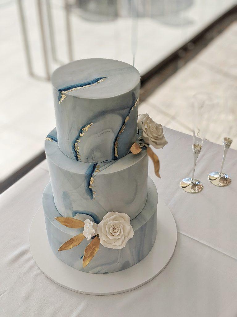 marble fondant wedding cake. sydney wedding. fondant cake
