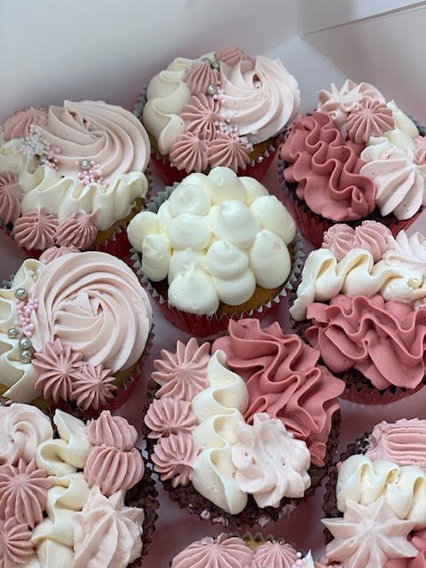 Large Flower + Cupcake Bundle